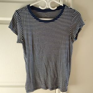 American Eagle Outfitters blue striped t-shirt